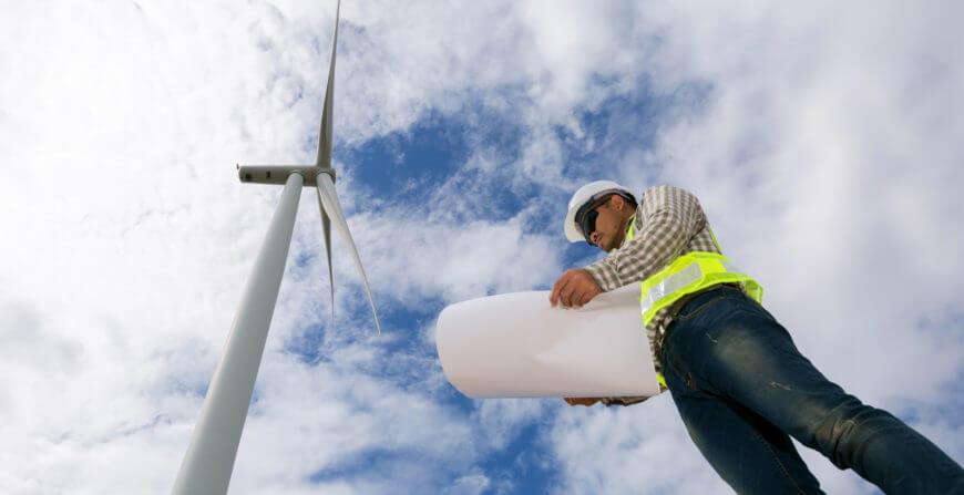 Une éolienne sur le site de votre entreprise ? Il y a beaucoup de raisons pour le considérer.