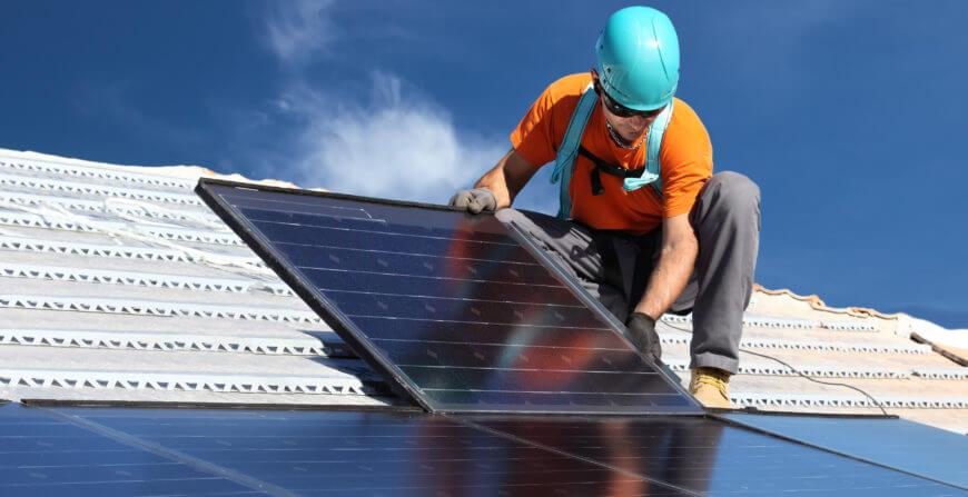 Bedrijf zonnepanelen / Entreprise panneaux solaires